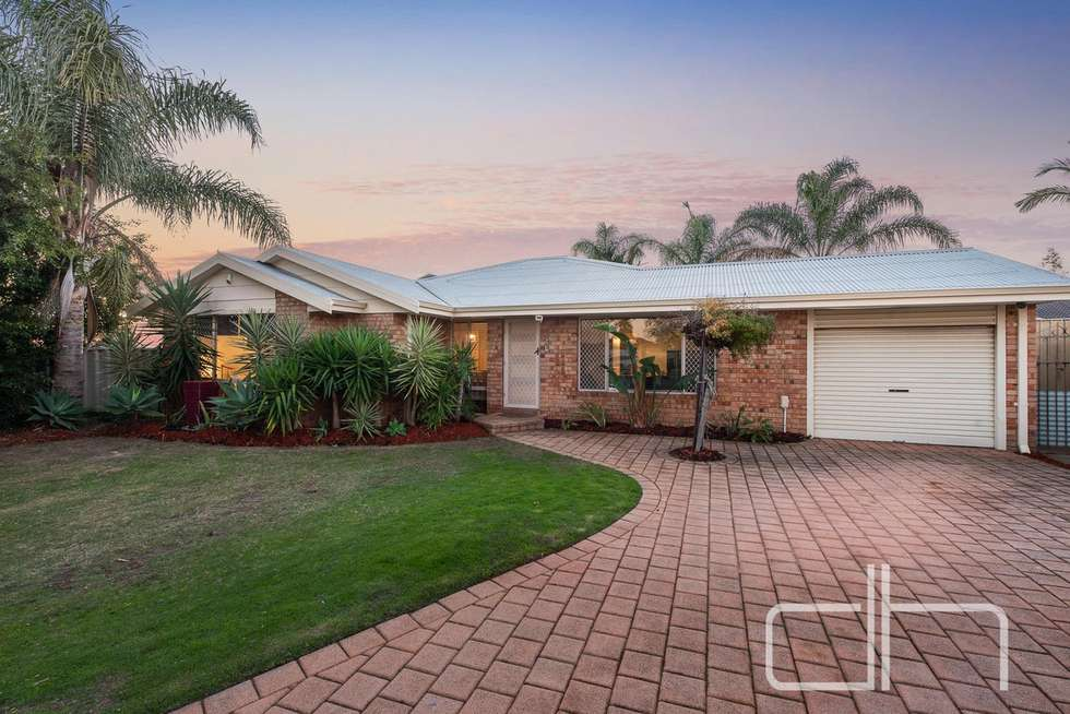 3 Pruinosa Mews, Alexander Heights WA 6064