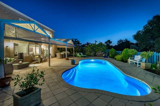 20 Tyneside Grove, Currambine WA 6028