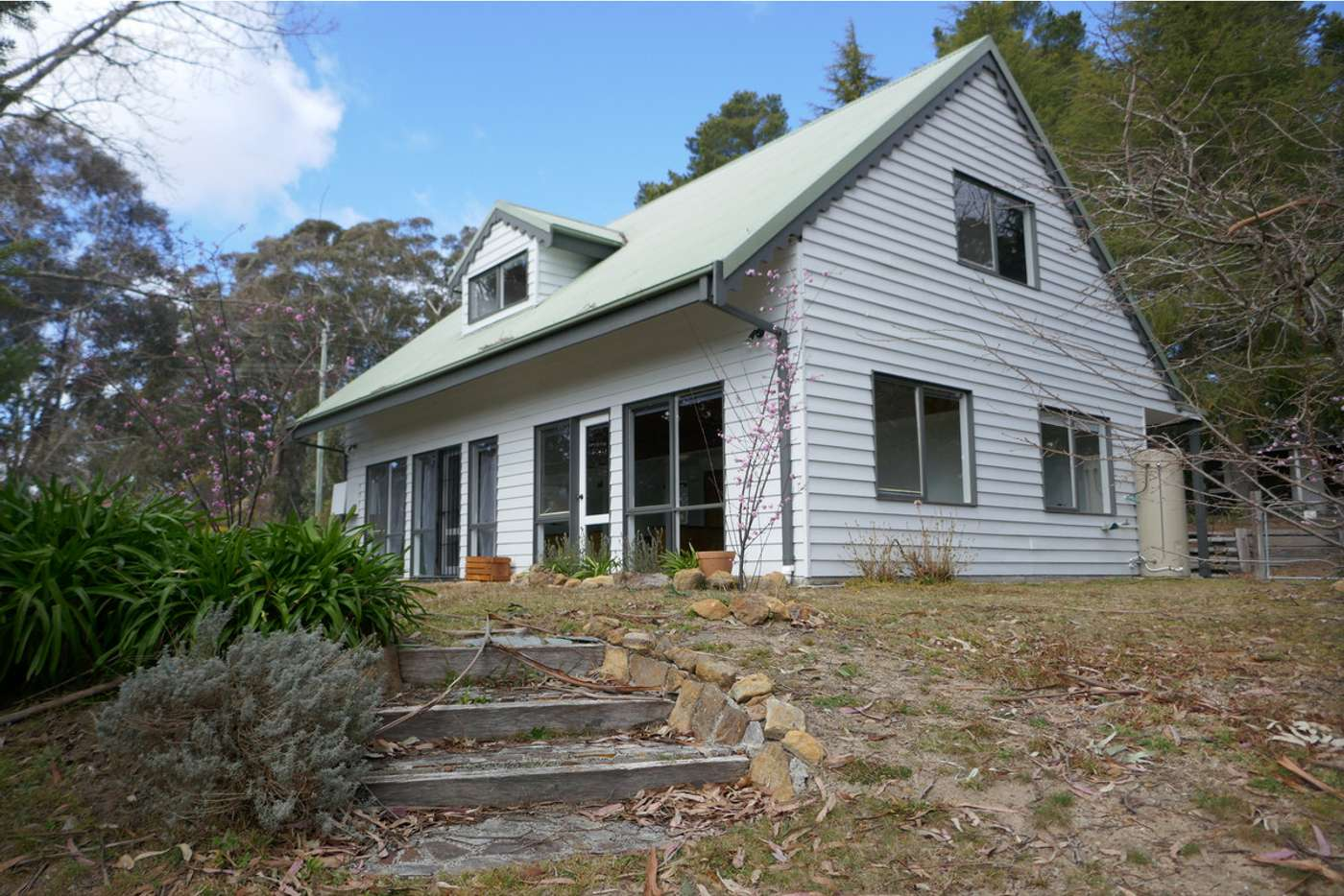 Main view of Homely house listing, 18 Closeburn Drive, Mount Victoria NSW 2786