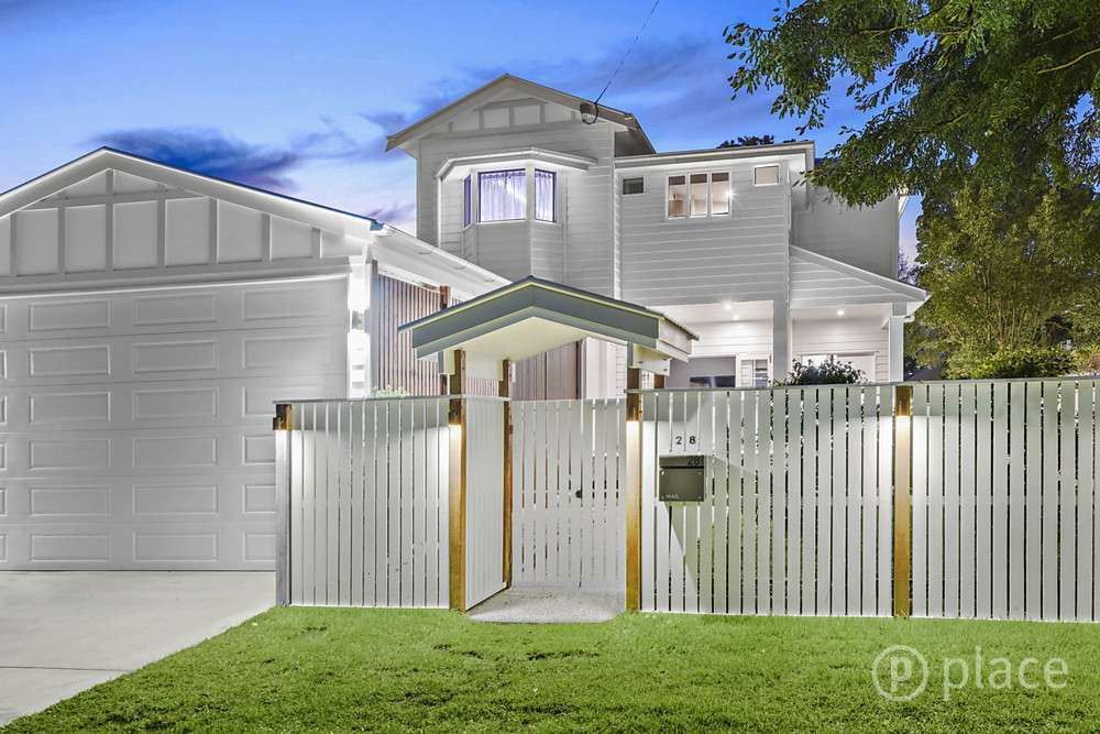 Main view of Homely house listing, 28 Raceview Avenue, Hendra, QLD 4011