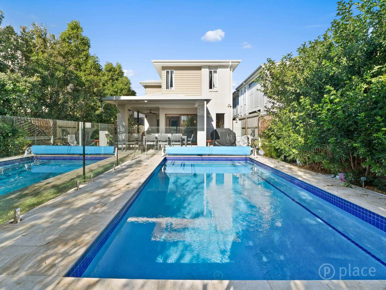 Main view of Homely house listing, 30 Pleystowe Crescent, Hendra, QLD 4011