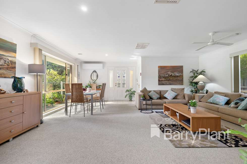 2 Banksia Place