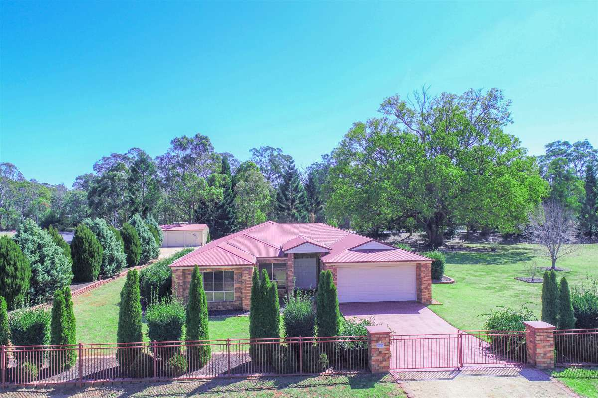 Main view of Homely house listing, 2 Perry Road, Cabarlah, QLD 4352