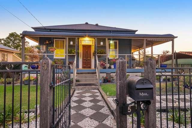 5 Pemberton Street, Booval QLD 4304