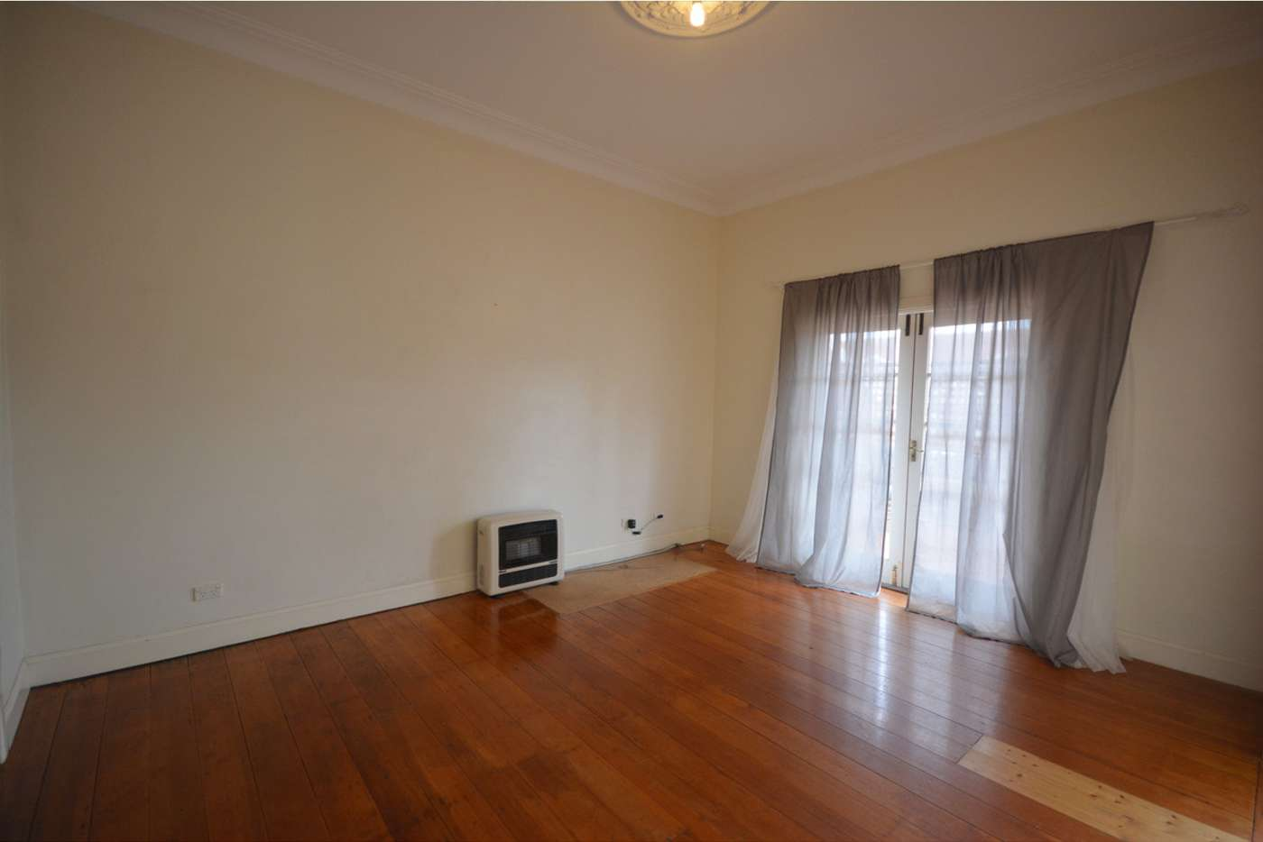 Sixth view of Homely house listing, 1/7-11 Merriwa Street, Katoomba NSW 2780