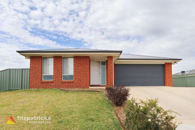 5 & 5a Tantoon Circuit, Forest Hill NSW 2651