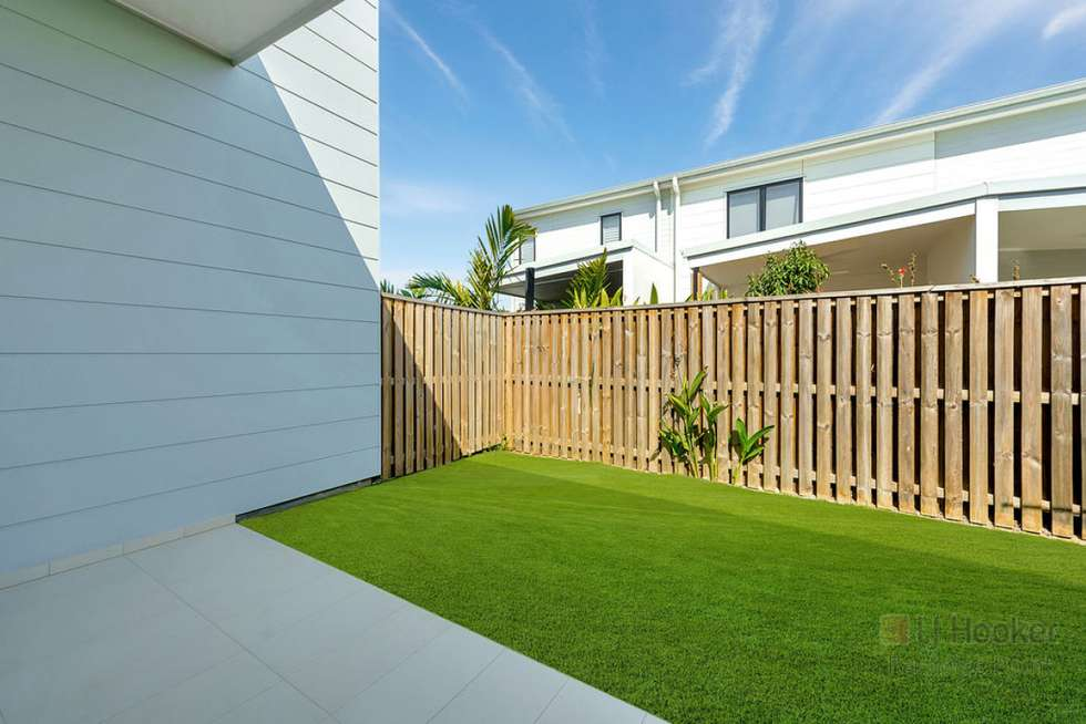 Fourth view of Homely townhouse listing, 4 Sorrento Street, Hope Island QLD 4212