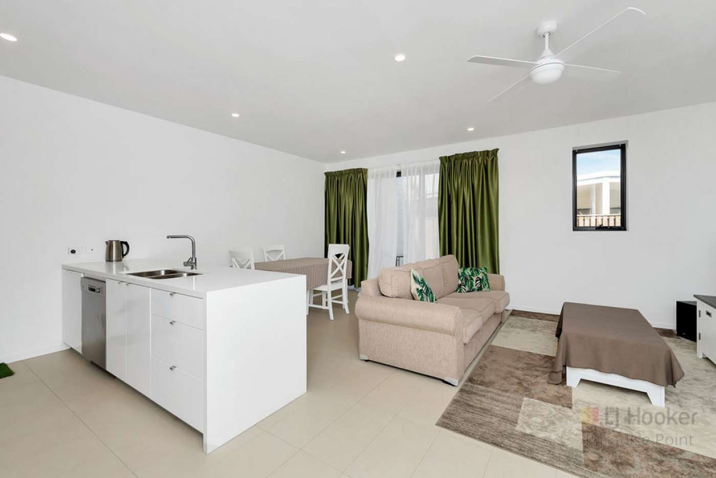 Sixth view of Homely townhouse listing, 4 Sorrento Street, Hope Island QLD 4212