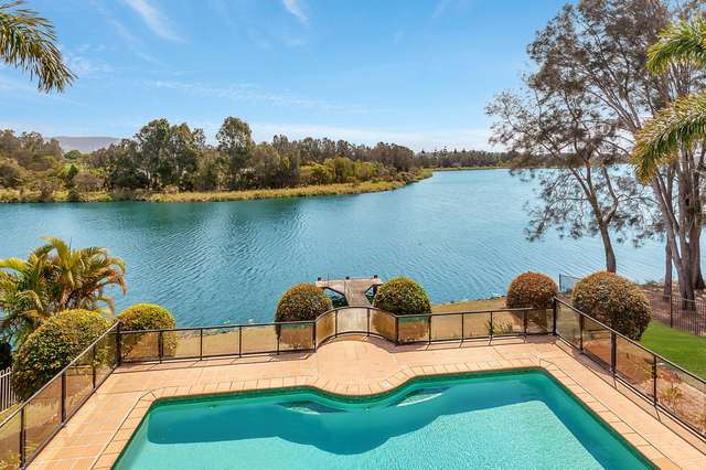 60 Martingale Circuit, Clear Island Waters QLD 4226