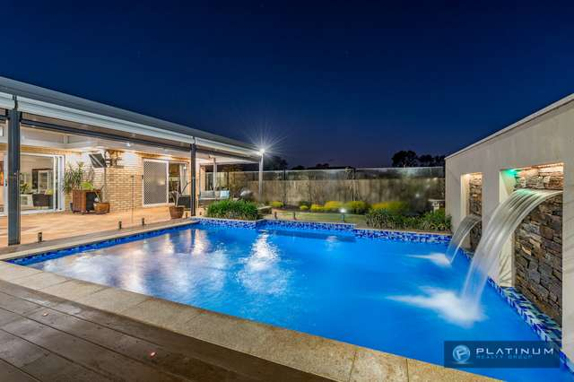 10 Tanglewood Way, Currambine WA 6028