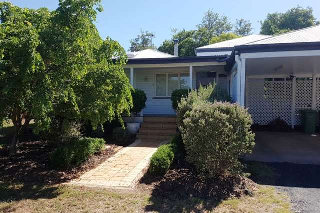 11 Vowles Street, Dalby QLD 4405