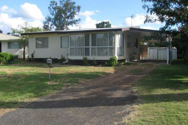 24 Dunmall Street, Dalby QLD 4405