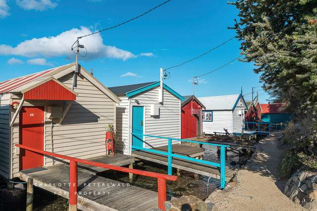 28 Boatshed Cornelian Bay, New Town TAS 7008
