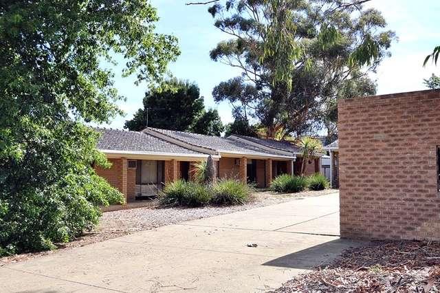 2/2 Cooinbil Crescent, Kooringal NSW 2650