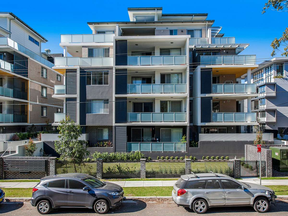 Main view of Homely apartment listing, 16/16-20 Park Avenue, Waitara, NSW 2077