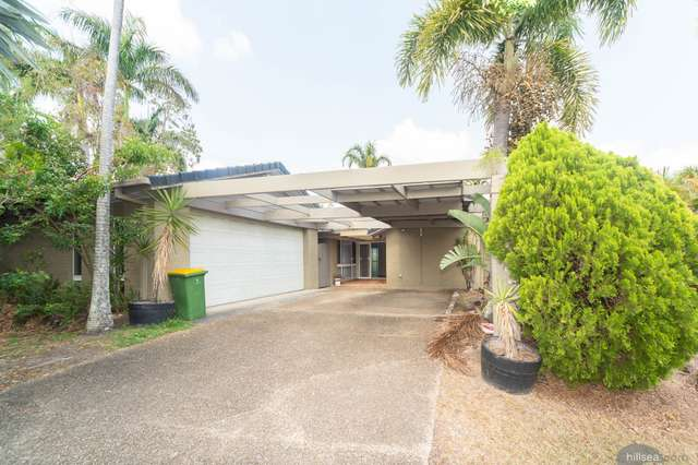 4 Crampton Court, Parkwood QLD 4214