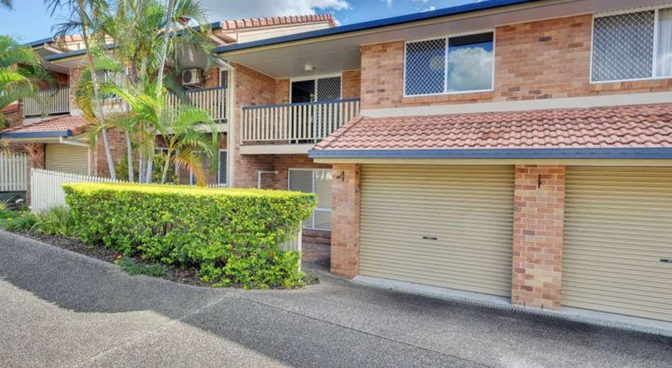 2/11 Meadow Place