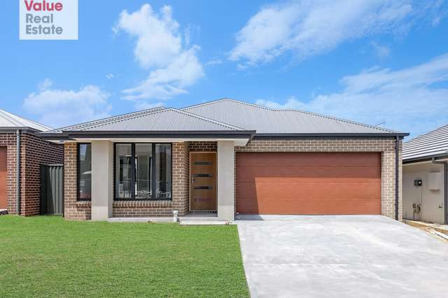 3 NEVILLE Street, Oran Park NSW 2570
