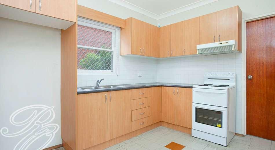 2/29 Hampton Street, Croydon Park NSW 2133