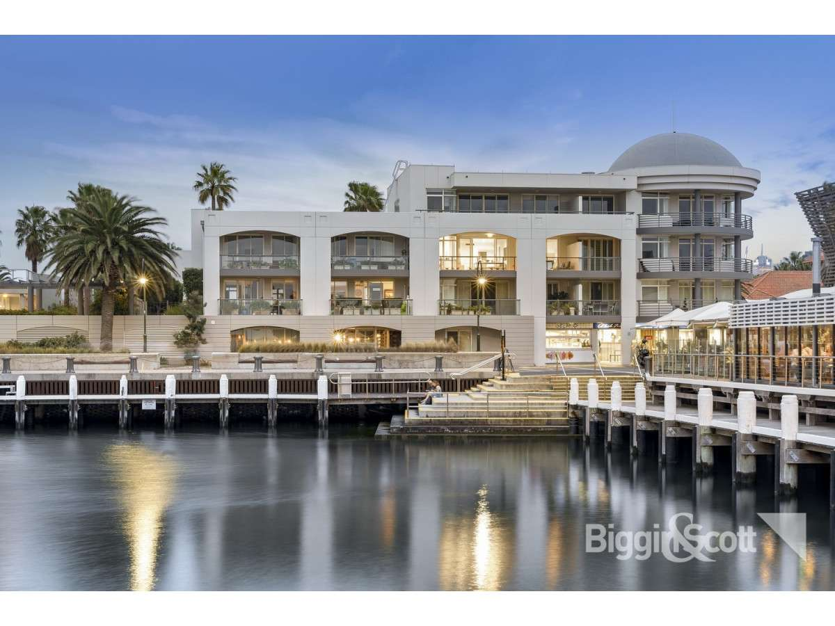 Main view of Homely apartment listing, 16/105 Beach Street, Port Melbourne, VIC 3207