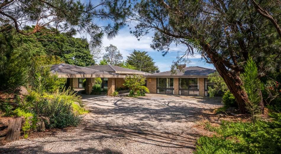 20 Bareena Drive, Mount Eliza VIC 3930
