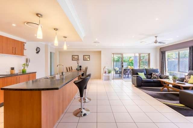 2 Grevillea Street, Sinnamon Park QLD 4073