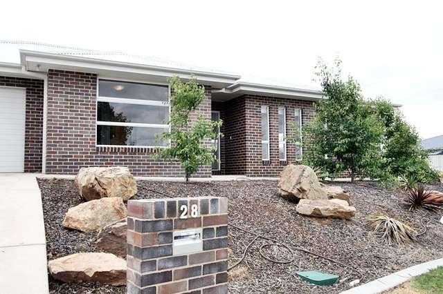 28 Franklin Drive, Estella NSW 2650