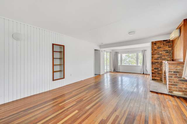 17 Brisbane Road, Redbank QLD 4301