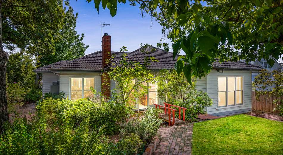 25 Woodhouse Grove, Box Hill North VIC 3129