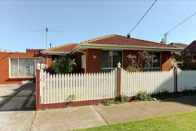 B/1 Bryan Avenue, Altona North VIC 3025