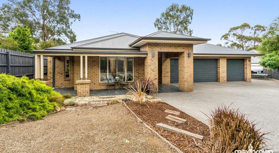 2/13-15 Read Road, Seville VIC 3139