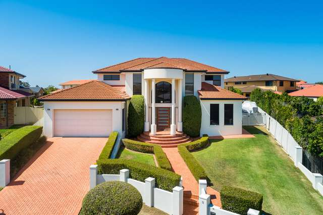 11 Harlow Place, Mcdowall QLD 4053