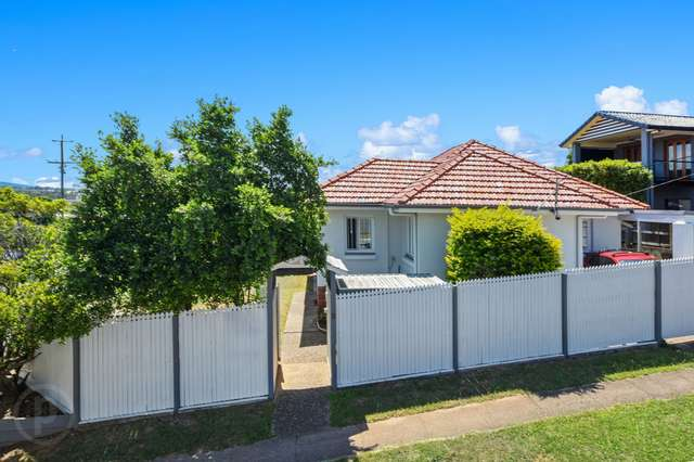 303 Rode Road, Wavell Heights QLD 4012