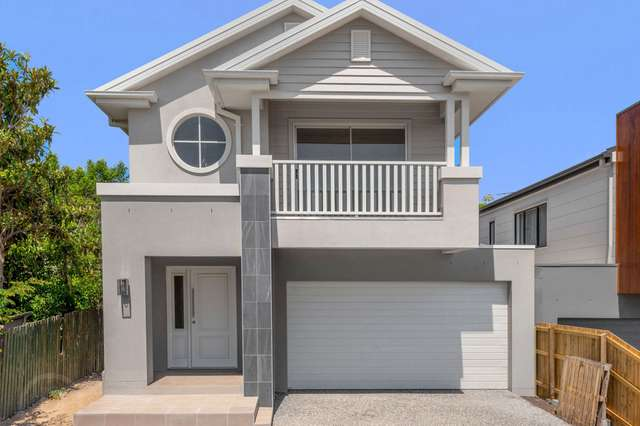 11 Warraba Avenue, Wavell Heights QLD 4012