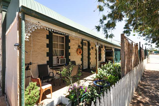 19 Caroona Road, Port Augusta West SA 5700