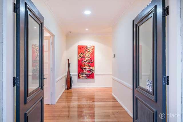 74 Janda Street, Robertson QLD 4109