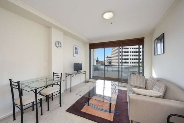 702/10 Mount Street, North Sydney NSW 2060