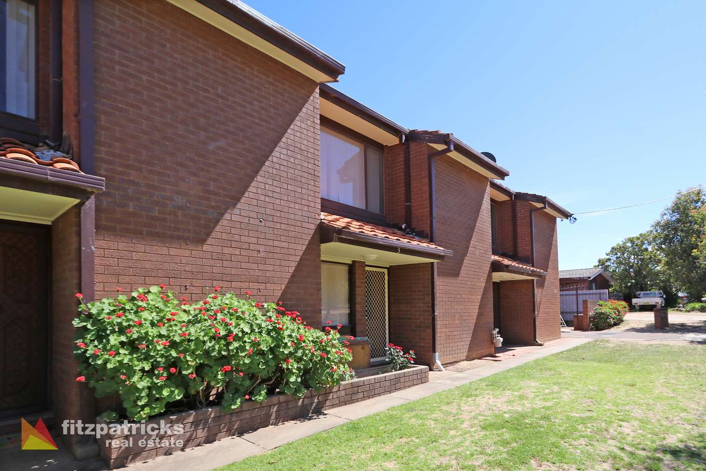 Main view of Homely unit listing, 3/7 Nordlingen Drive, Tolland NSW 2650