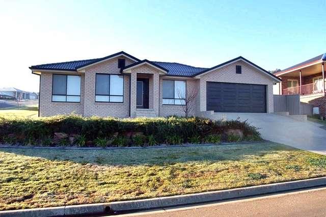 2/12 Werribee Road, Bourkelands NSW 2650