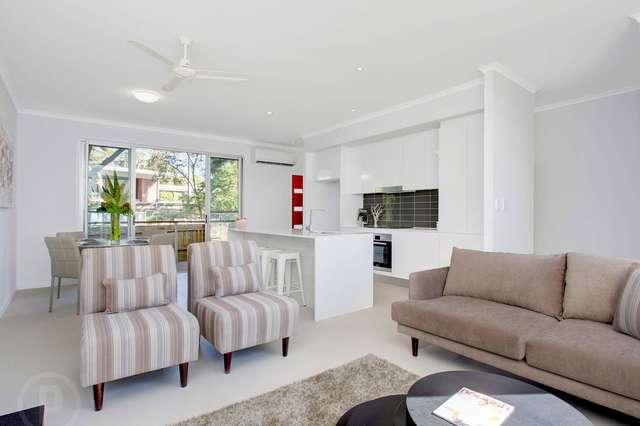 2/66 Skew Street, Sherwood QLD 4075