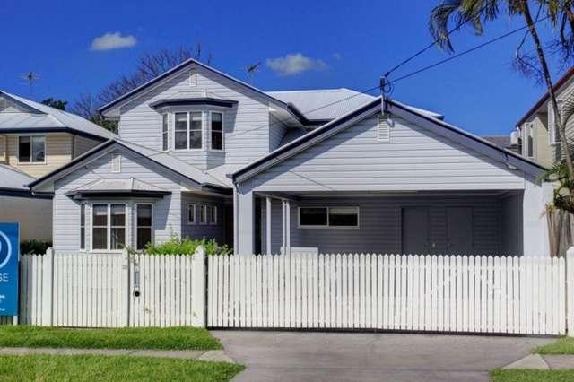 32 Rakeevan Road, Graceville QLD 4075