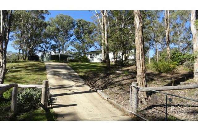 22 Lancaster Court, Top Camp QLD 4350