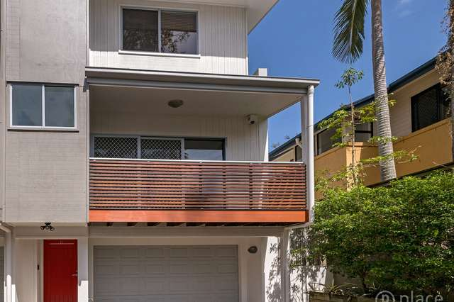 11/5 Sovereign Street, Indooroopilly QLD 4068