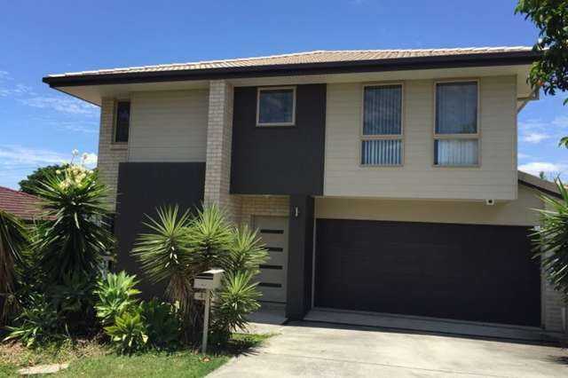 4 Andree Place, Wishart QLD 4122