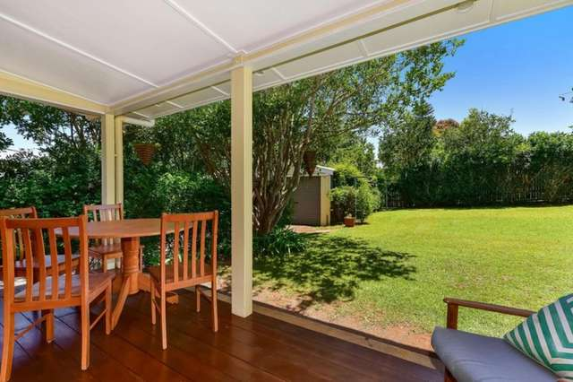 37 Alford Street, Mount Lofty QLD 4350