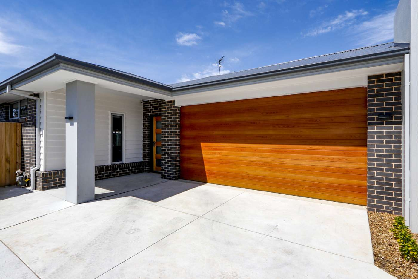 Main view of Homely townhouse listing, 4 Lapwing Lane, Sale VIC 3850