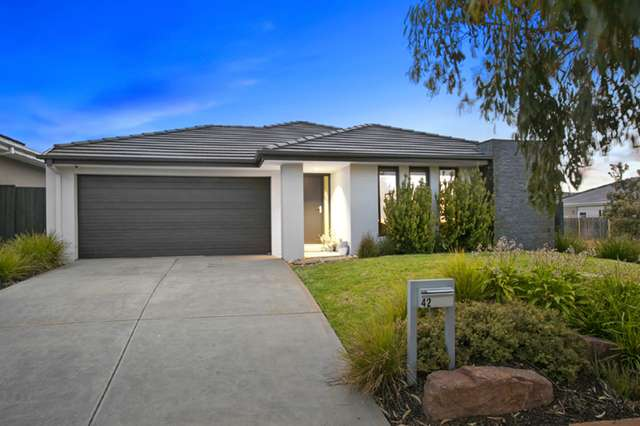 42 Oceanic Drive, Safety Beach VIC 3936