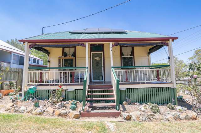 2a General Foch Street, One Mile QLD 4305