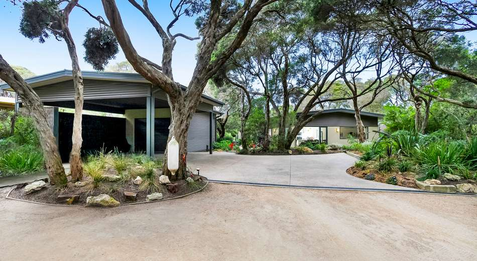 5 Spray Point Road, Blairgowrie VIC 3942