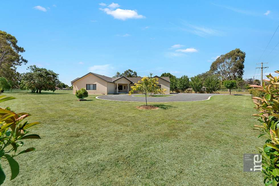 Second view of Homely house listing, 5 Waldara Drive, Wangaratta VIC 3677